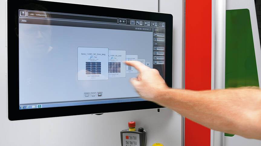 Everything on a single touch screen: Bystronic integrates the control of the ByTrans Cross and the BySort into the laser cutting system's operator terminal.
